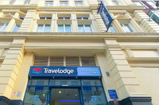 This is an image which is also a link to  Travel Lodge